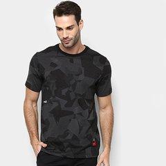 3e5e84f72a Camiseta Nike Kyrie Crew Dri-Fit Camuflado Masculina