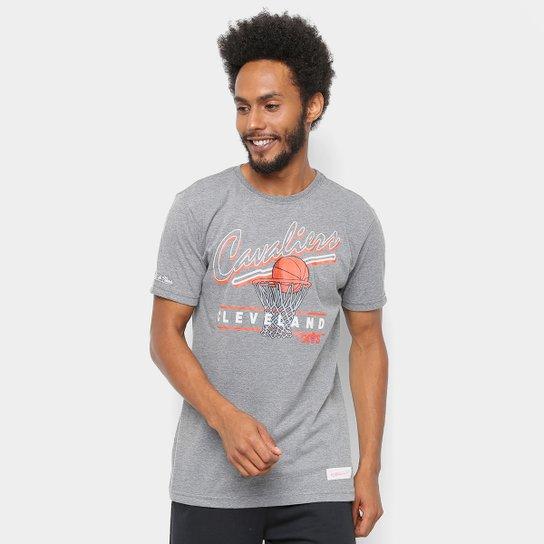 Camiseta NBA Cleveland Cavaliers Mitchell   Ness Drive To The Basket II  Masculina - Cinza 288e76446a775