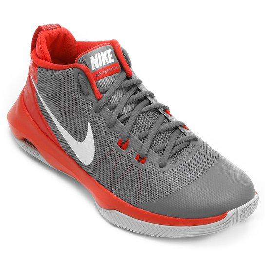 da0bfdb221c0 Tênis Nike Air Versitile Masculino - Cinza e Vermelho - Compre Agora ...