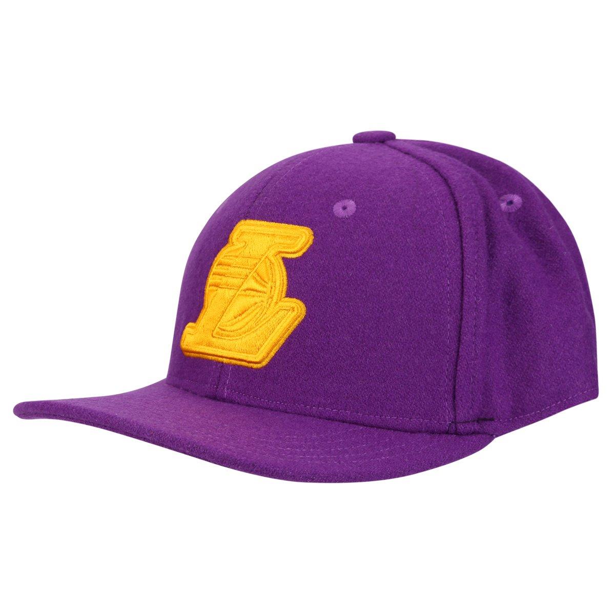 70f8e5b2c42b7 Boné Adidas Originals NBA SBC Lakers - Compre Agora