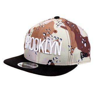Boné New Era NBA Desert Crown Brooklyn Nets Aba Reta Strapback