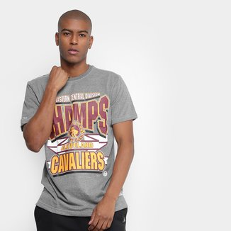 Camiseta Mitchell & Ness NBA Cleveland Cavaliers Sportman Crew Masculina