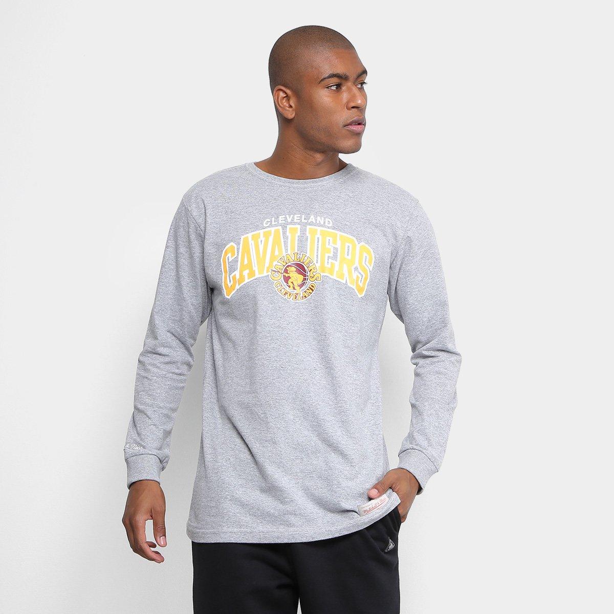 Camiseta Mitchell   Ness NBA Cleveland Team Arch Manga Longa Masculina - Compre  Agora  39f97df6586