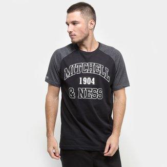 Camiseta Mitchell & Ness Raglan Sport Masculina