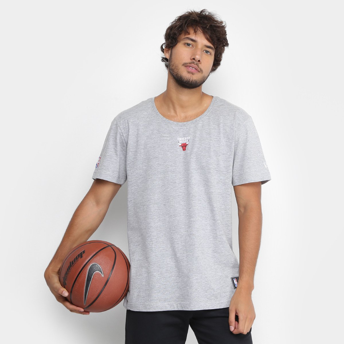 Camiseta NBA Chicago Bulls New Era Mini Logo Masculina - Cinza ... ed3c9310cba8d