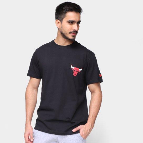 Camiseta NBA Chicago Bulls New Era Urban Tech Logo Masculina - Preto