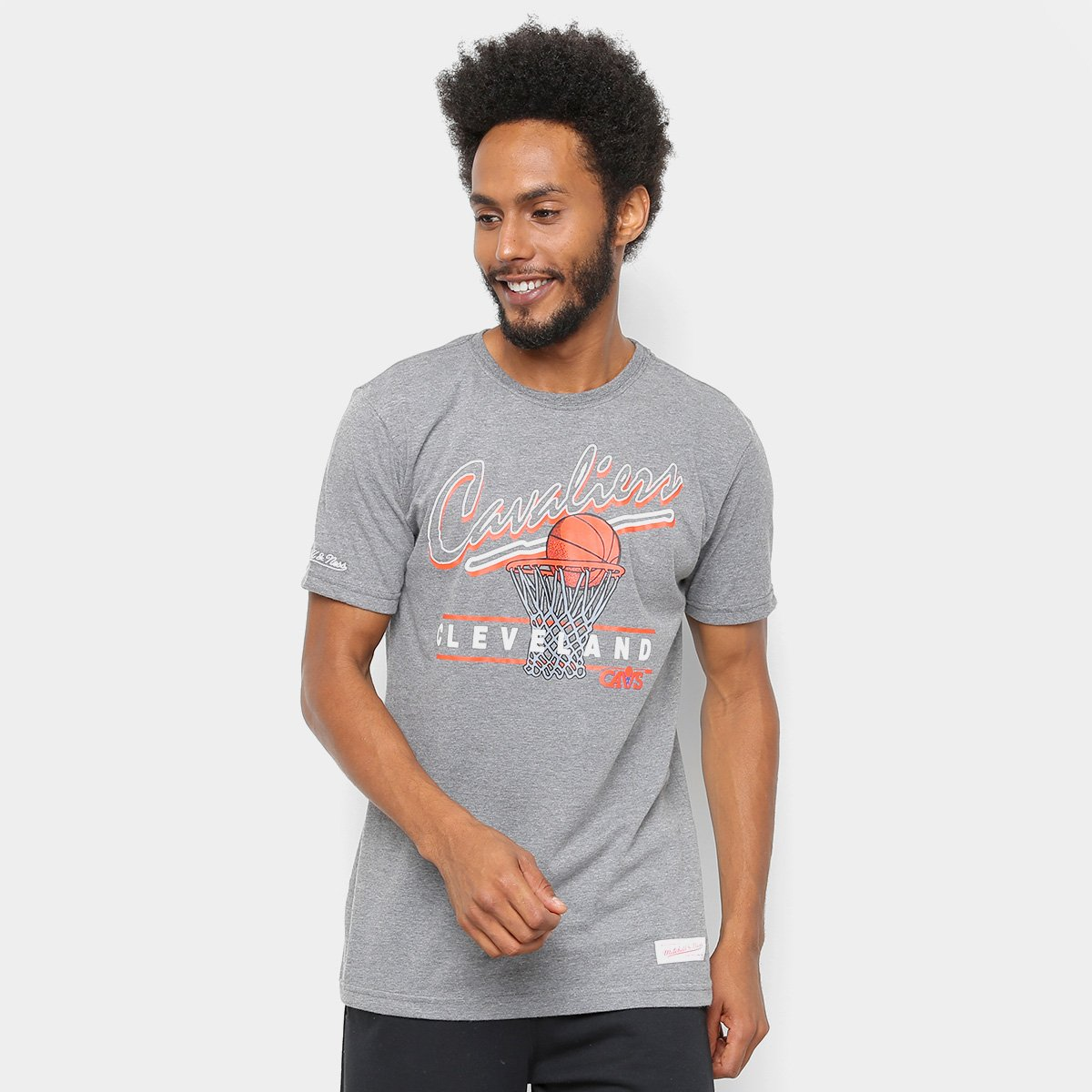09e7adecb0500 Camiseta NBA Cleveland Cavaliers Mitchell   Ness Drive To The Basket II  Masculina - Cinza - Compre Agora