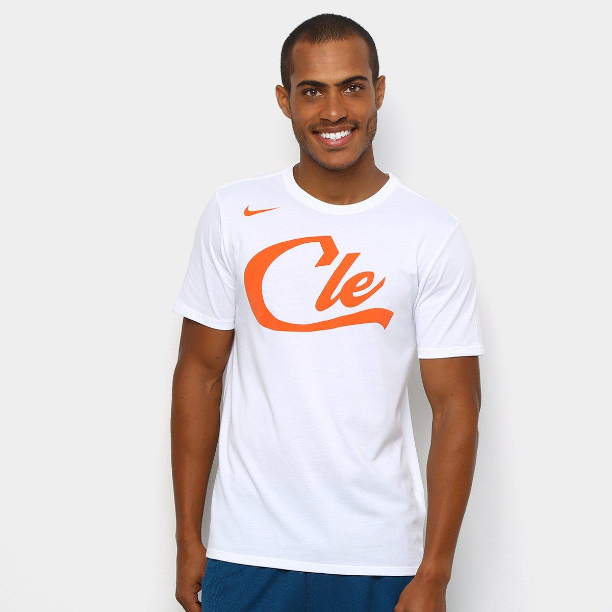 3877c8de0 Camiseta NBA Cleveland Cavaliers Nike City Edition Masculina - Branco -  Compre Agora
