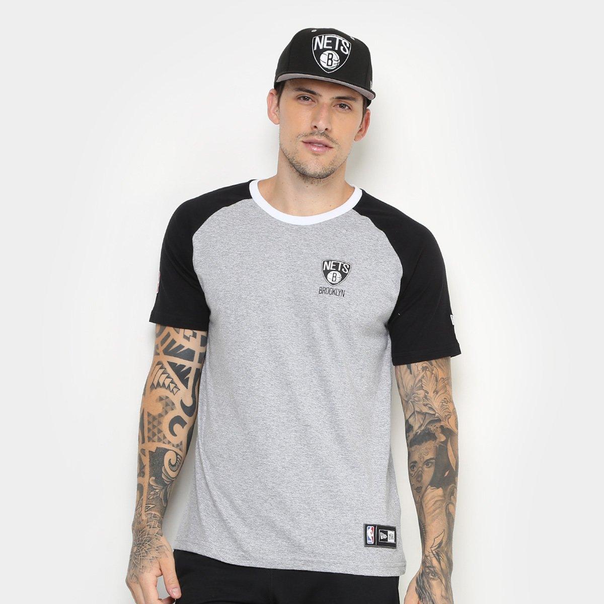 ba8620c3f9 Camiseta New Era NBA Brooklyn Nets Raglan Mini Logo Masculina | Loja NBA