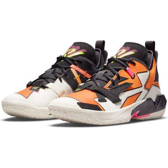 "Tênis Nike NBA Jordan ""Why Not"" Zer0.4 C Masculino - Bege+Preto"
